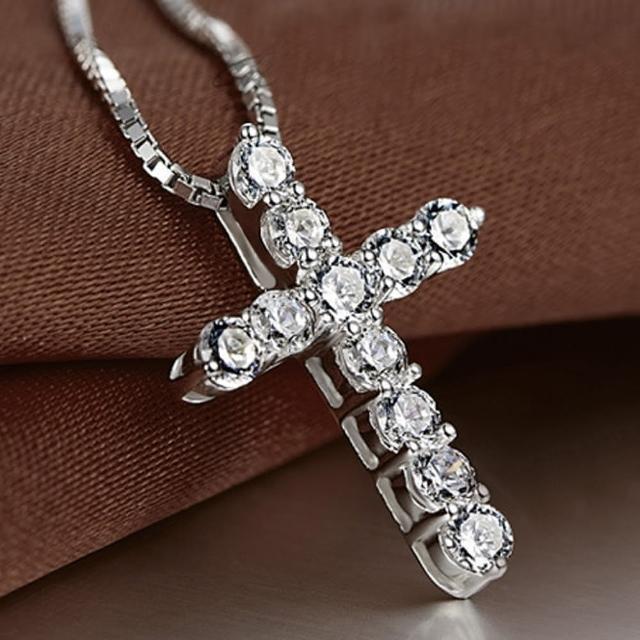 【Angel】925銀光芒鑲水鑽十字架項鍊(白金色)